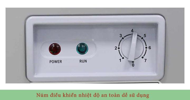 Hệ thống điều khiển nhiệt độ bằng núm xoay an toàn và dễ sử dụng.