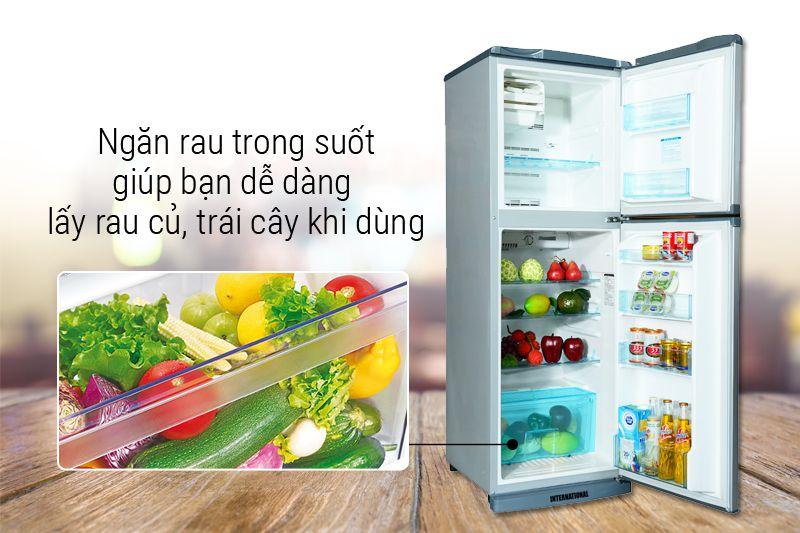 Ngăn rau quả rộng gúp bảo quản được nhiều rau củ quả và trái cây