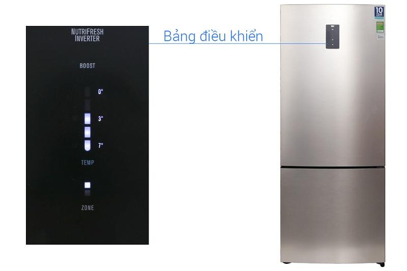 Tủ lạnh Electrolux EBE4502GA thiết kế bảng điều khiển bên ngoài tiện lợi